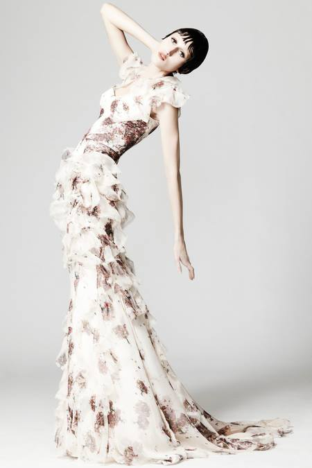 images/cast/10151401551402035=Resort 2014 COLOUR'S COMPANY fabrics x=zac posen new york